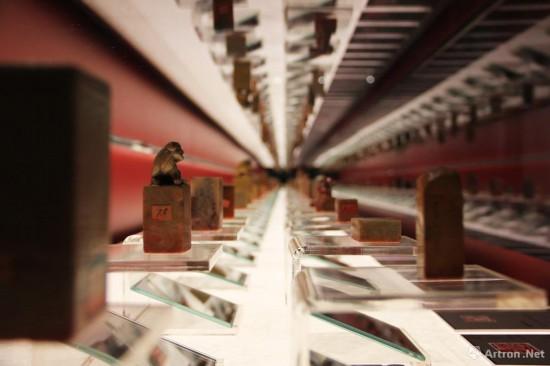 齐白石的102枚印章展出于曾经《千里江山图》的展厅位置