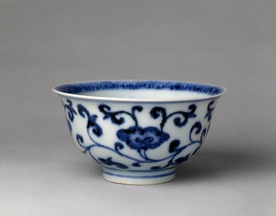 青花瓷碗一套_青花灵芝纹碗