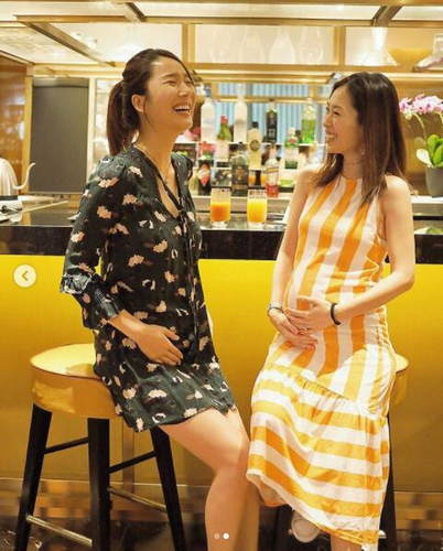 李亚男与闺蜜同时挺孕肚:一起成为母亲总是充满欢乐--黑龙江频道--...
