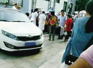 徐州孕妇肚子疼打车去医院 孩子生在了车上