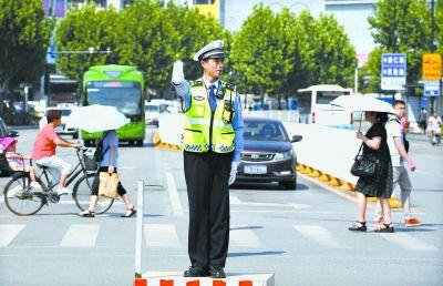 武汉市高温天气将持续至8月上旬