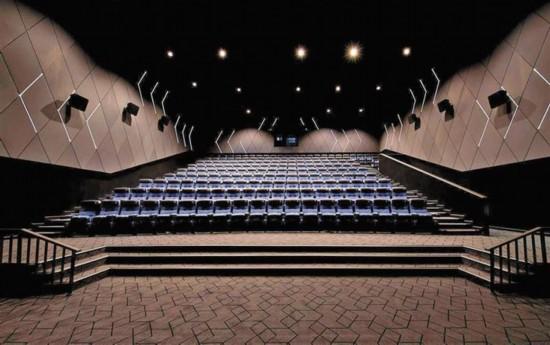 深圳259家影院靠什麼來搶觀眾
