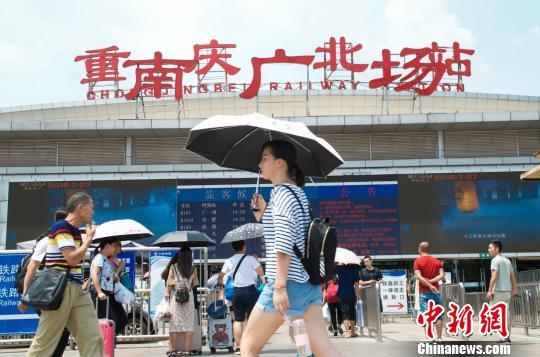 """""""火炉""""重庆7月平均降水量较去年少七成"""