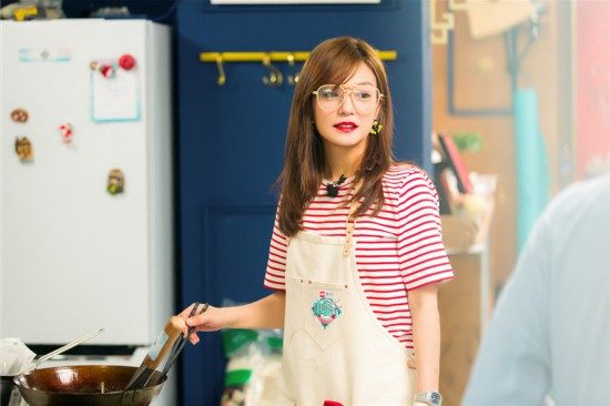 《中餐厅2》赵薇化身中华美食推广小能手
