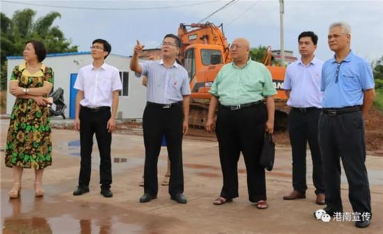 自治区科技厅专家组到港南区桥圩镇考核创新小镇培育试点