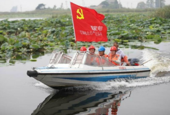 扎根基层服务群众 江苏金湖有一支党员飞虎队
