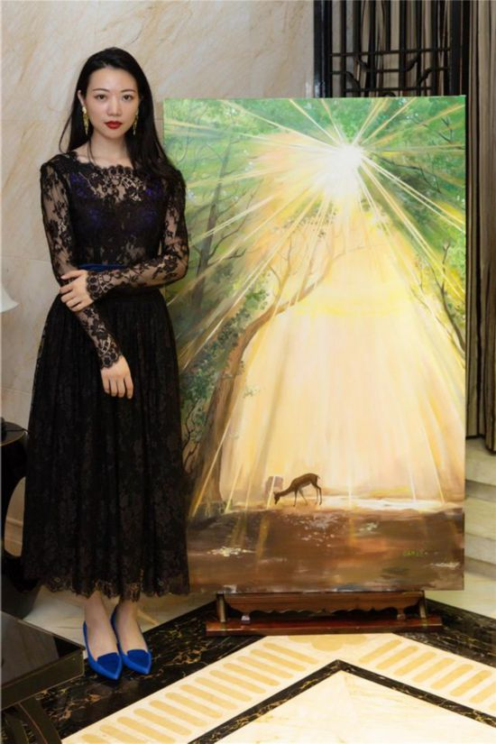 """艺术珠宝设计师黄可迪2018全新""""光""""系列发布会 绘画作品与高级珠宝同主题推出"""
