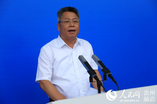 图为贵州省副省长、省十运会组委会主任王世杰。涂敏 摄