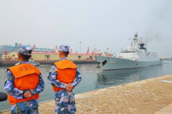 戴源率盐城市代表团赴青岛欢迎慰问全体官兵