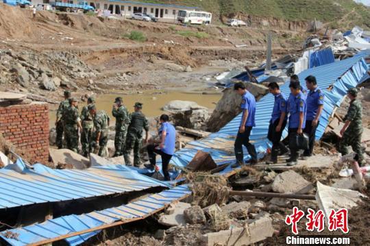 甘肃靖远特大暴雨引发山洪已致10人遇难2人失踪
