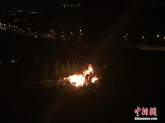 浙江杭州绕城高速发生追尾事故 致9人死亡3人受伤
