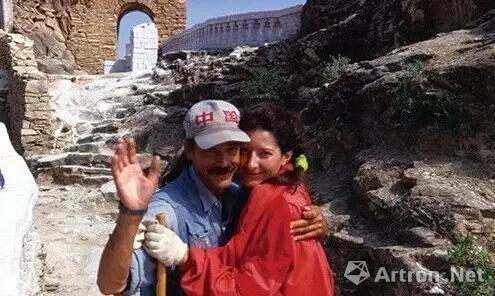 阿布拉莫维奇和乌雷1988年的行为《情人・长城》