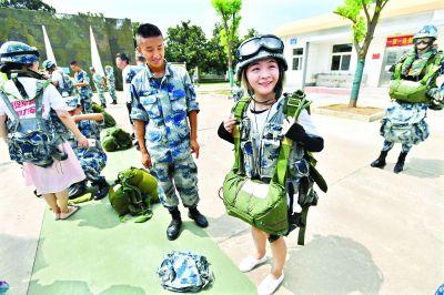 全国军营开放武汉打头阵
