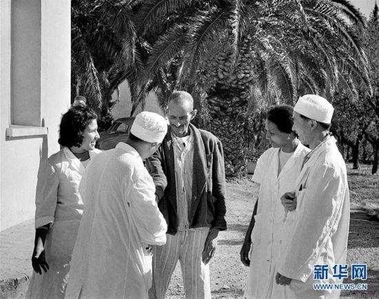 (国际・编辑连线)(16)医者仁心,大爱无疆――中国医务工作者在海外