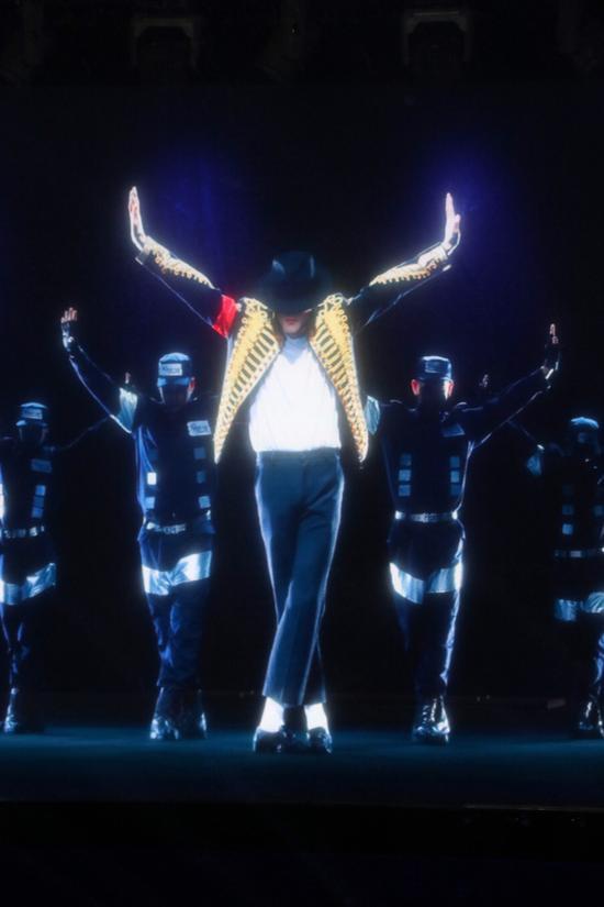 迈克尔・杰克逊全息演唱会上海启动 还原其音容笑貌