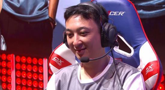 王思聪以职业选手出战电竞比赛竟获胜 打完便退役