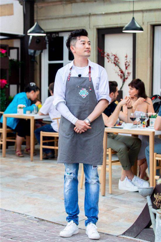 """《中餐厅2》苏有朋接待遭年龄""""杀"""""""