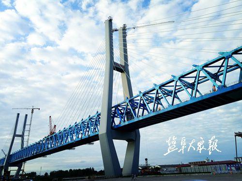 徐盐铁路跨新洋港大桥有望合龙 展现雄伟风姿