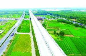淮安区域内高速铁路长龙已初具雏形