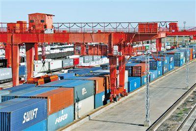 二连浩特口岸中欧班列线路增至24条