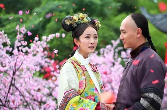 电视剧《宫锁心玉》剧照。杨幂曾演唱主题曲《爱的供养》。
