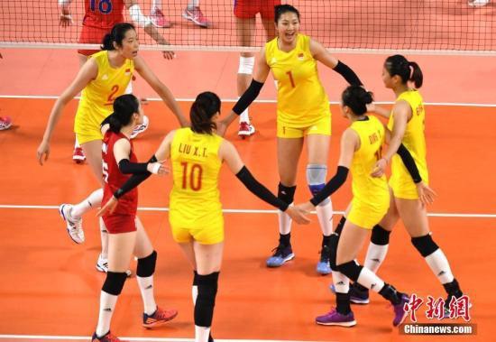 8月29日晚,亚运会女排四分之一决赛,中国女排3比0完胜菲律宾女排挺进半决赛。<a target='_blank'  data-cke-saved-href='http://www.chinanews.com/' href='http://www.chinanews.com/'><p  align=