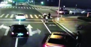 """2018年8月28日昆山砍人视频(""""龙哥""""刘海龙被终结)"""