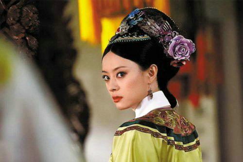 孙俪在《甄嬛传》中饰演的甄嬛成为经典,孙俪的这一回头,实在是图片