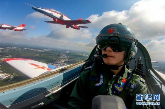(图文互动)(1)空军航空开放活动实战化演练砥砺新飞行学员制胜空天本领