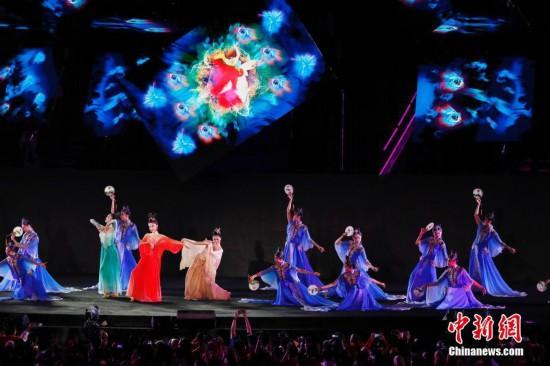 """""""杭州8分钟""""在雅加达亚运会闭幕式上演"""