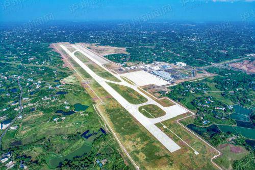 泸州云龙机场全景。 本报记者 牟科 摄