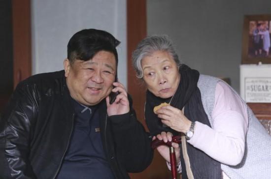 刘佳梁冠华联手献温情 《远方的家》央视热播