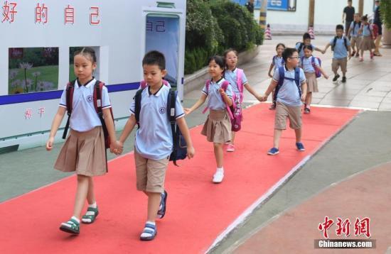 专家详解小学入学年龄划定问题:作统一规定不现实