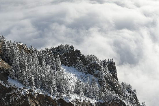 【喜迎自治区成立60周年】耗时三年,记者终于拍全了宁夏这五座大山的云海图