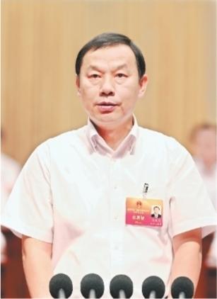 武汉市第十四届人民代表大会第三次会议开幕 马国强主持大会
