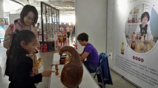 逛银川文化艺术创意作品展 尊享视觉盛宴