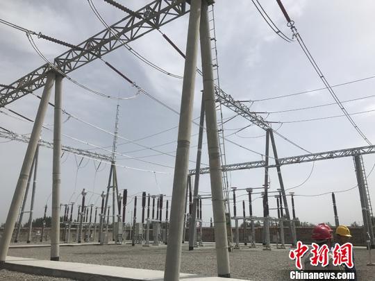 新疆加速电网建设推动兵地融合发展