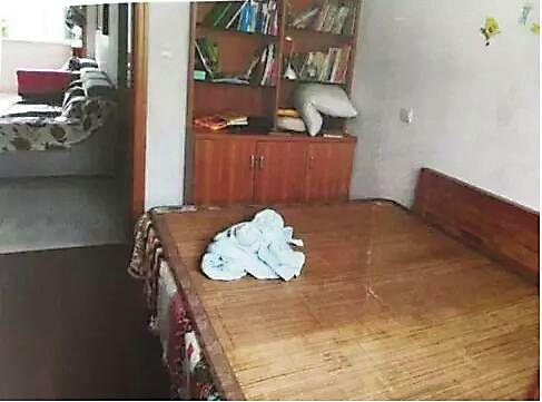 """苏州4岁女童在""""三无""""托儿所里遭猥亵"""