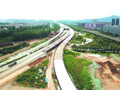南京栖霞疏港大道加紧建设 线路全长14.9公里