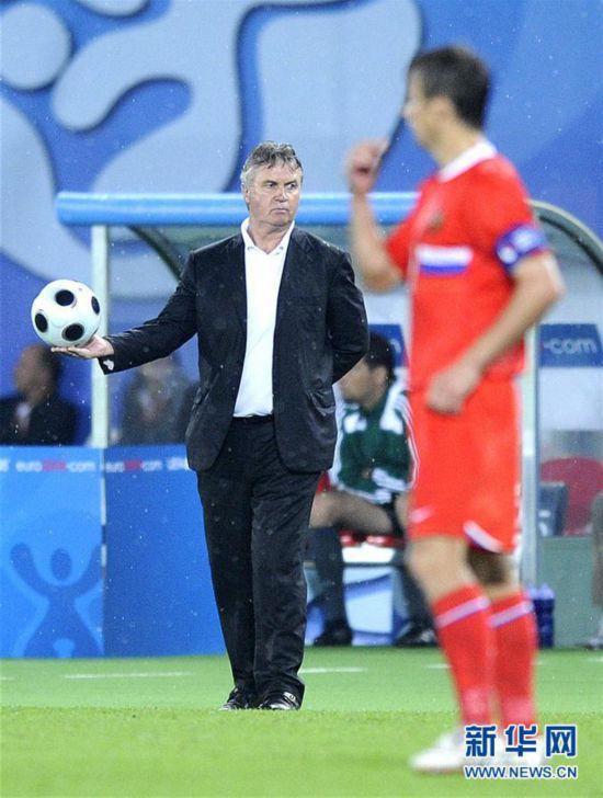 (體育)(2)足球——中國足協宣布希丁克出任中國U21男足主教練