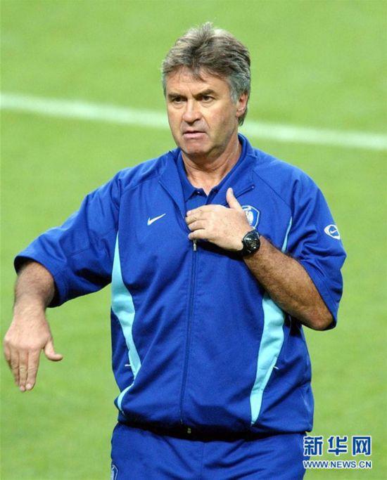 (體育)(3)足球——中國足協宣布希丁克出任中國U21男足主教練