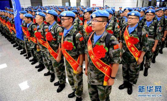 (军事)(1)中国第九批赴南苏丹(瓦乌)维和部队出征