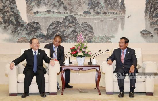 鹿心社陳武分別會見出席第15屆東博會的各國政要
