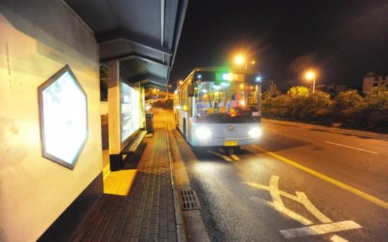 苏州公交司机职业状态调查:每天开车绕赤道20圈