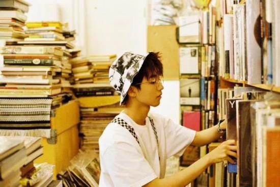 王俊凯《什九岁的时差》成了与粉丝之间提交流动的器