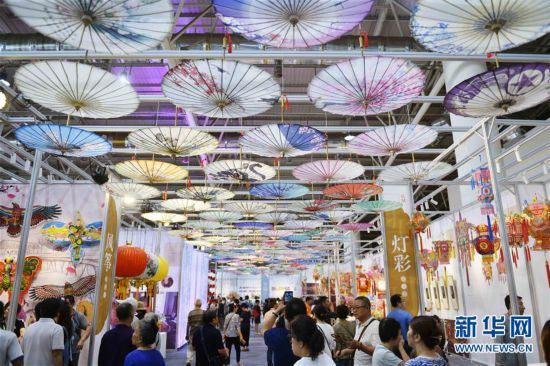 (文化)(1)第五届中国非物质文化遗产博览会在山东济南举行