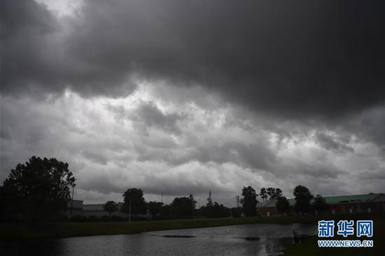 (国际)(1)飓风来袭