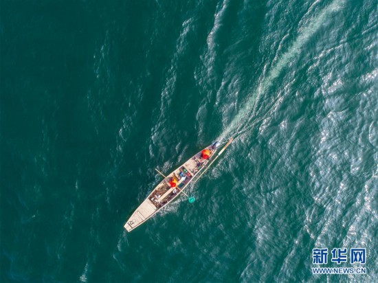"""(环境)(8)千岛湖""""公益船队""""共护""""一湖碧水"""""""