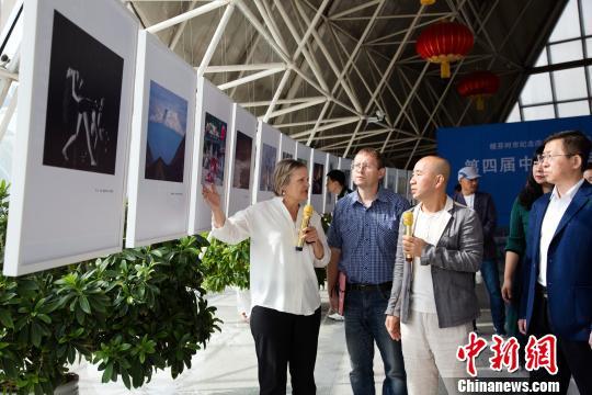 """第四届中俄国际摄影展""""镜像""""呈现两国美"""