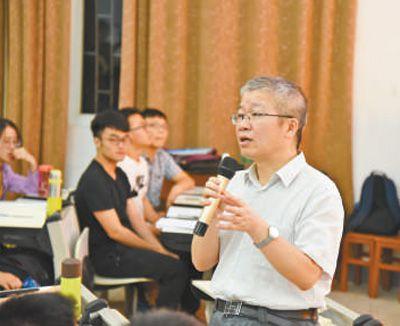 华科大文劲宇:把每个学生好好培养出来